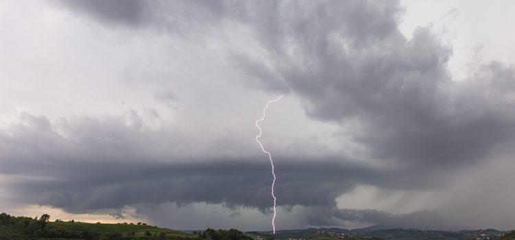Obilne padavine v Goriških Brdih in zaščita vinske trte – 6.6.2017